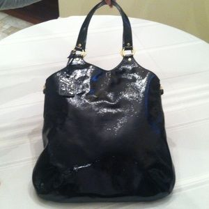 Yves saint laurent black patent leather 👜 tote